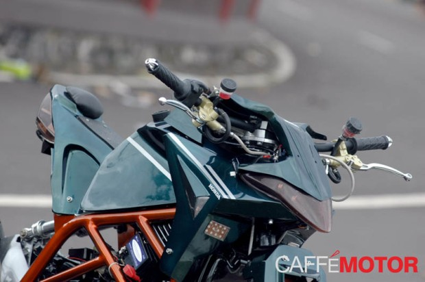 duck fighter honda karisma wins paddock caffe motor (1)