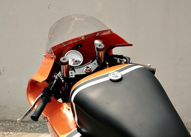 GPZ600 Cafe Racer - 16