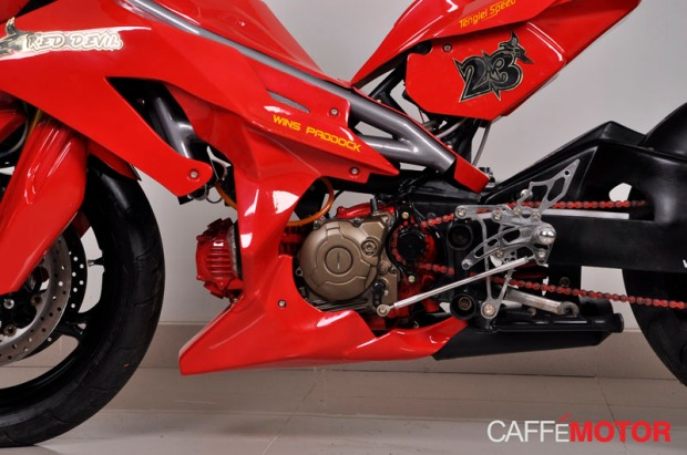 jupiter z red devil wins paddock caffe motor (3)